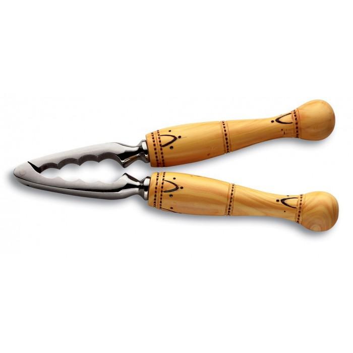 Nutcracker, woodburned boxwood handle